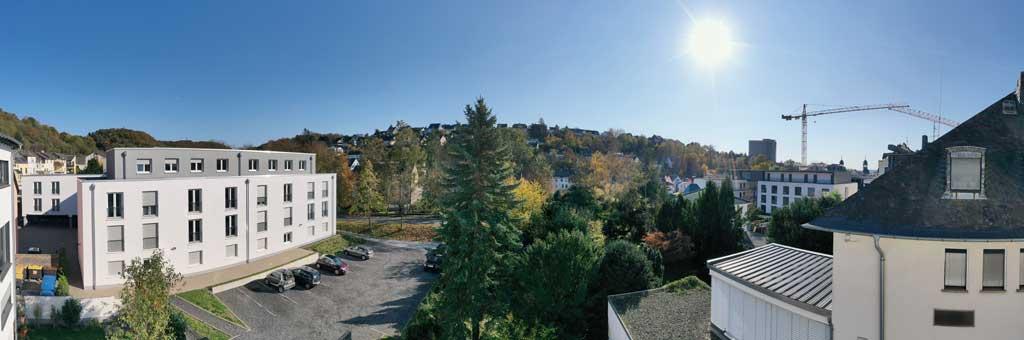 Der Ausblick aus der Eigentumswohnung Höhe 1. Obergeschoss.